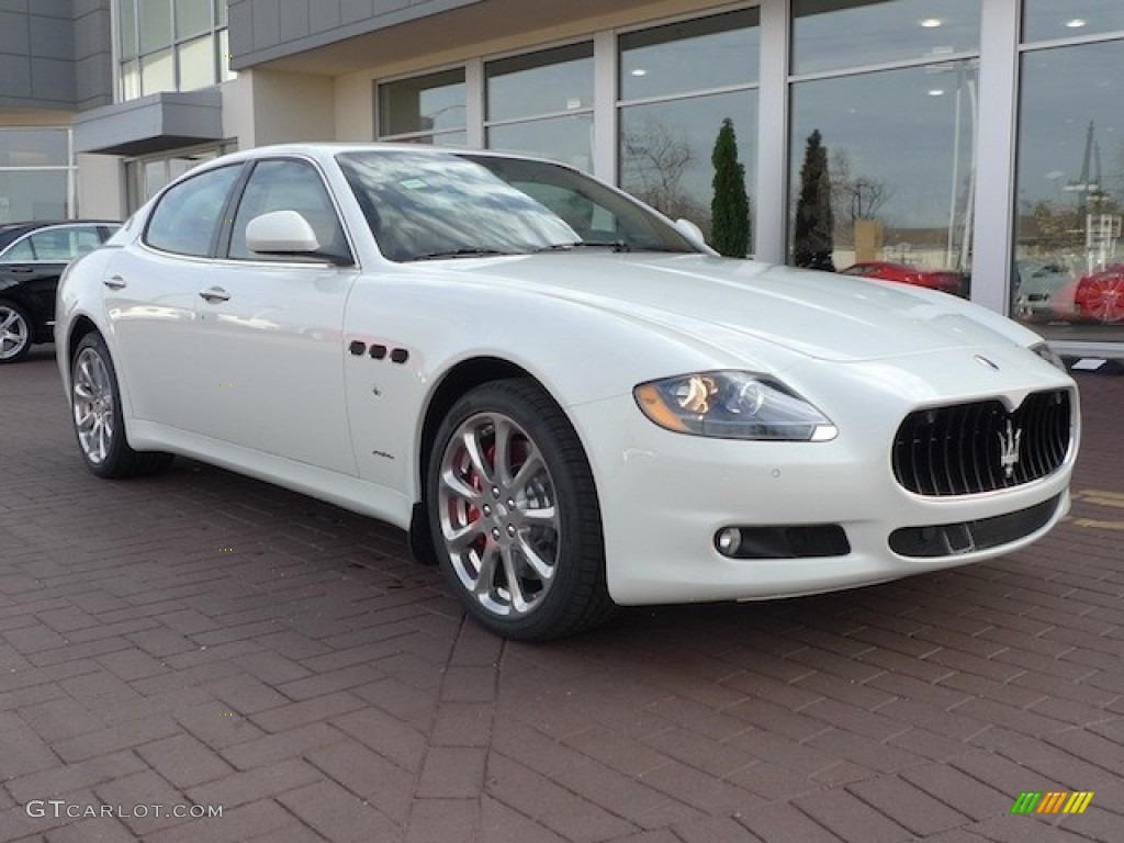 2012 maserati granturismo white 200 interior and for White maserati red interior