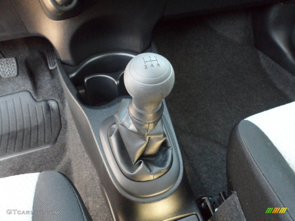 toyota yaris 2012 manual transmission