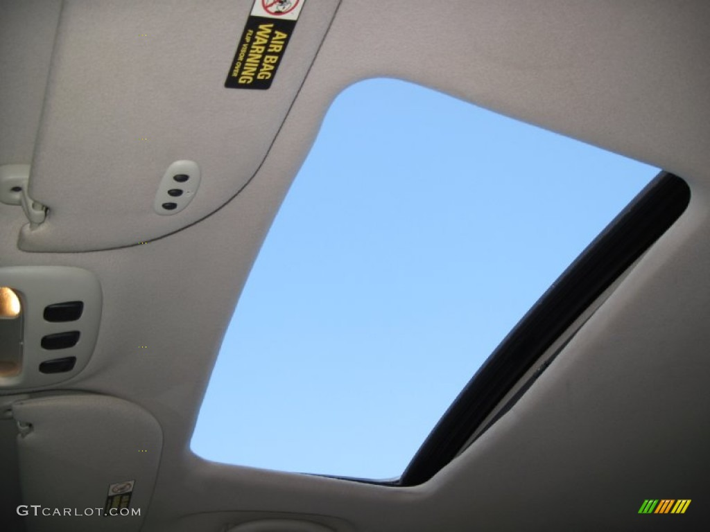 1999 lincoln town car signature sunroof photos. Black Bedroom Furniture Sets. Home Design Ideas