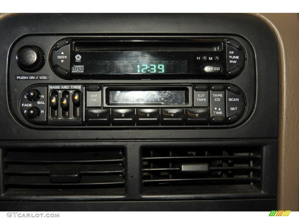 2000 jeep grand cherokee laredo audio system photos. Black Bedroom Furniture Sets. Home Design Ideas