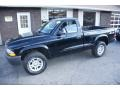 2004 Black Dodge Dakota SXT Regular Cab 4x4  photo #1