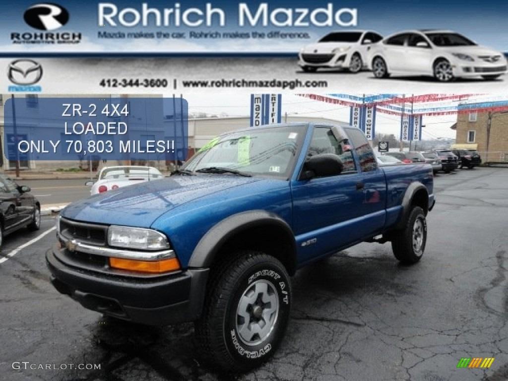 2001 Bright Blue Metallic Chevrolet S10 ZR2 Extended Cab 4x4