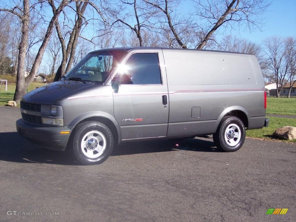 2002 Astro AWD Commercial Van - Medium Charcoal Gray Metallic / Neutral photo #1
