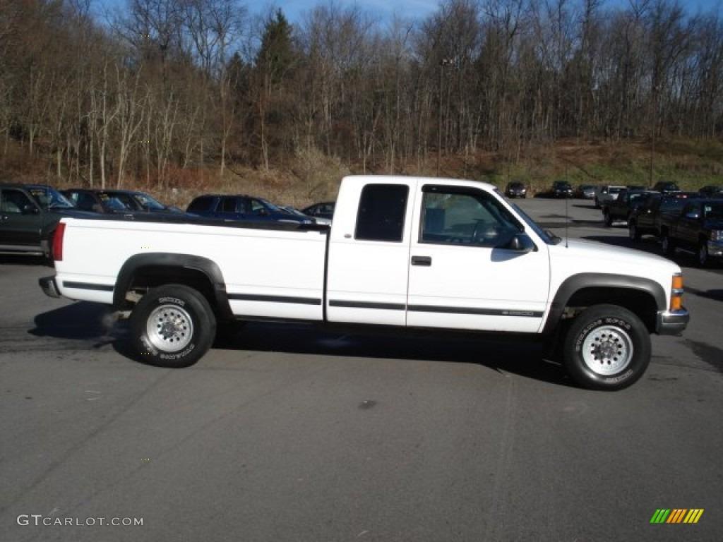 White 1998 chevrolet c k 2500 k2500 extended cab 4x4 exterior photo 56976950