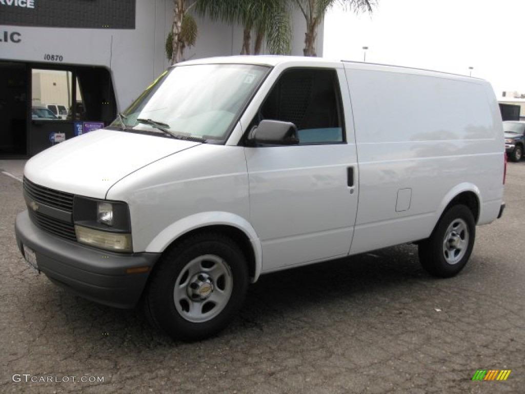 Summit White 2005 Chevrolet Astro Cargo Van Exterior Photo 57043070