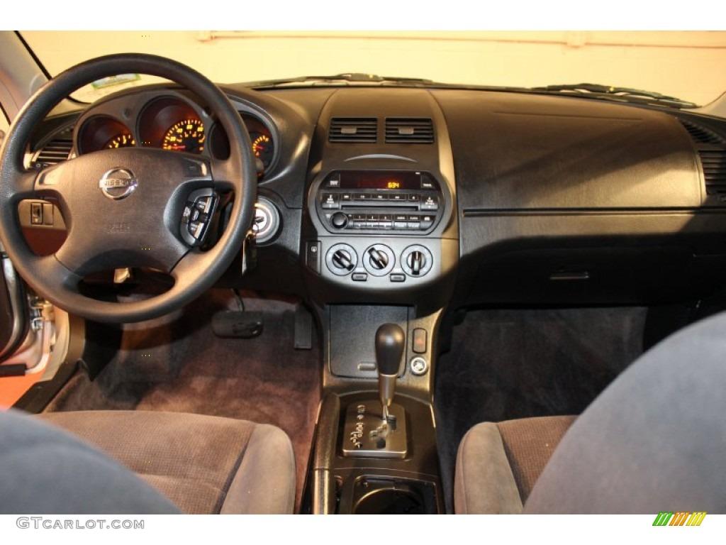 2002 nissan altima 2 5 s charcoal black dashboard photo 57043730