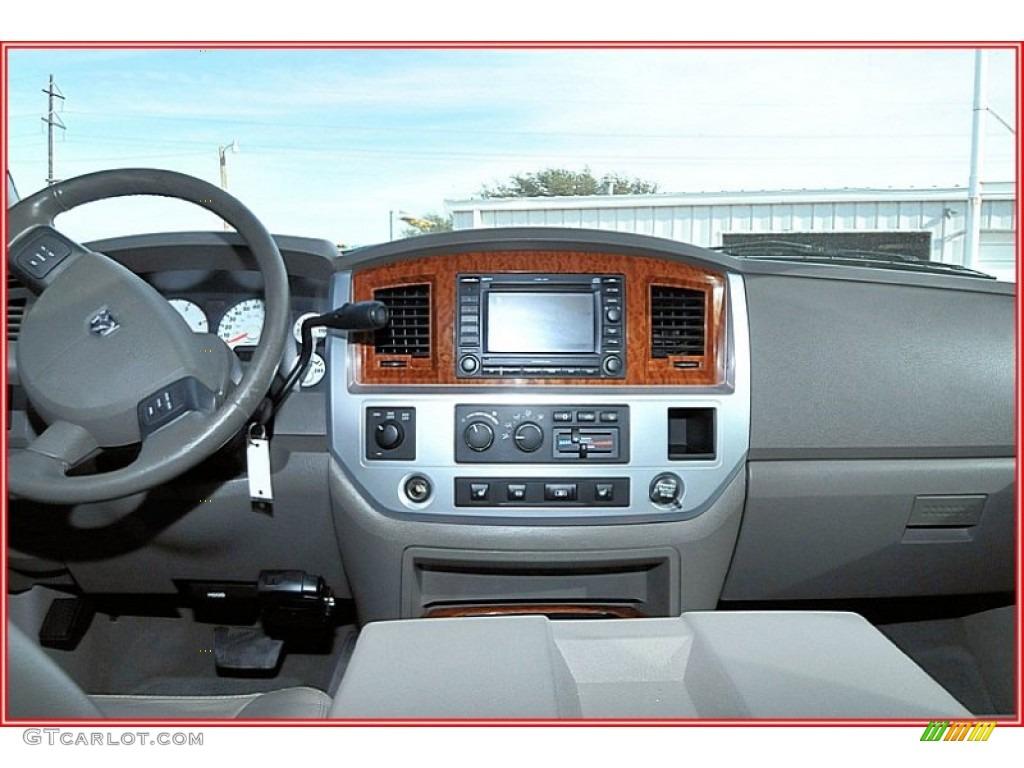 2007 Ram 3500 Laramie Mega Cab 4x4 Dually - Inferno Red Crystal Pearl / Medium Slate Gray photo #33