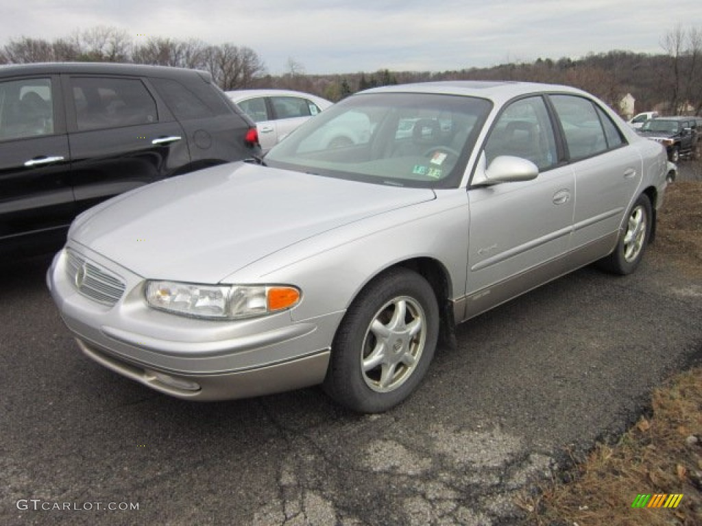 Sterling Silver Metallic 2001 Buick Regal Ls Exterior