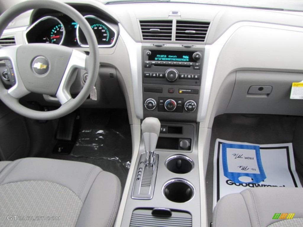 2012 Chevrolet Traverse LS Dashboard Photos | GTCarLot.com