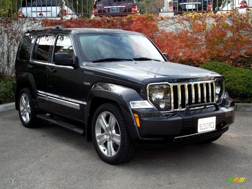 2011 dark charcoal pearl jeep liberty jet limited. Black Bedroom Furniture Sets. Home Design Ideas