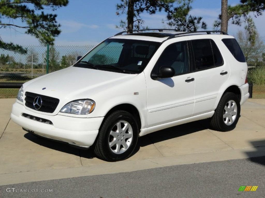 Polar white 1999 mercedes benz ml 430 4matic exterior for Mercedes benz polar white paint