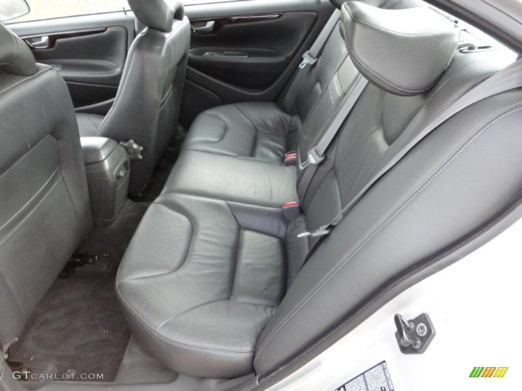 on 2002 Volvo S60 2 4t