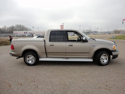 2001 F150 Supercrew >> 2001 Ford F150 XLT SuperCrew Data, Info and Specs