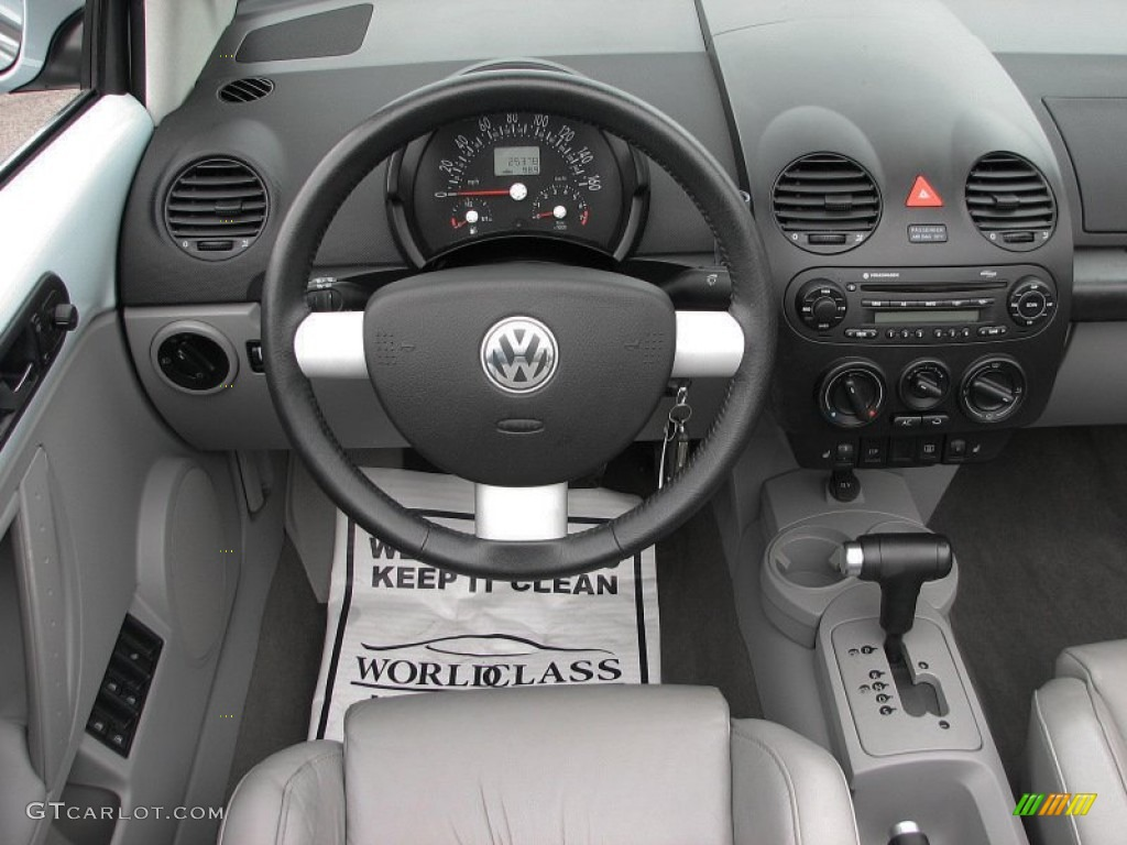 2004 volkswagen new beetle gls 1 8t convertible gray. Black Bedroom Furniture Sets. Home Design Ideas