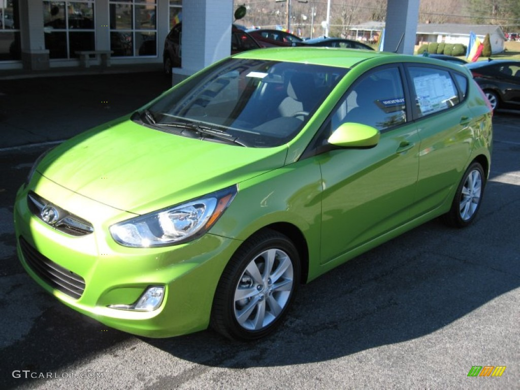 Electrolyte Green 2012 Hyundai Accent Se 5 Door Exterior