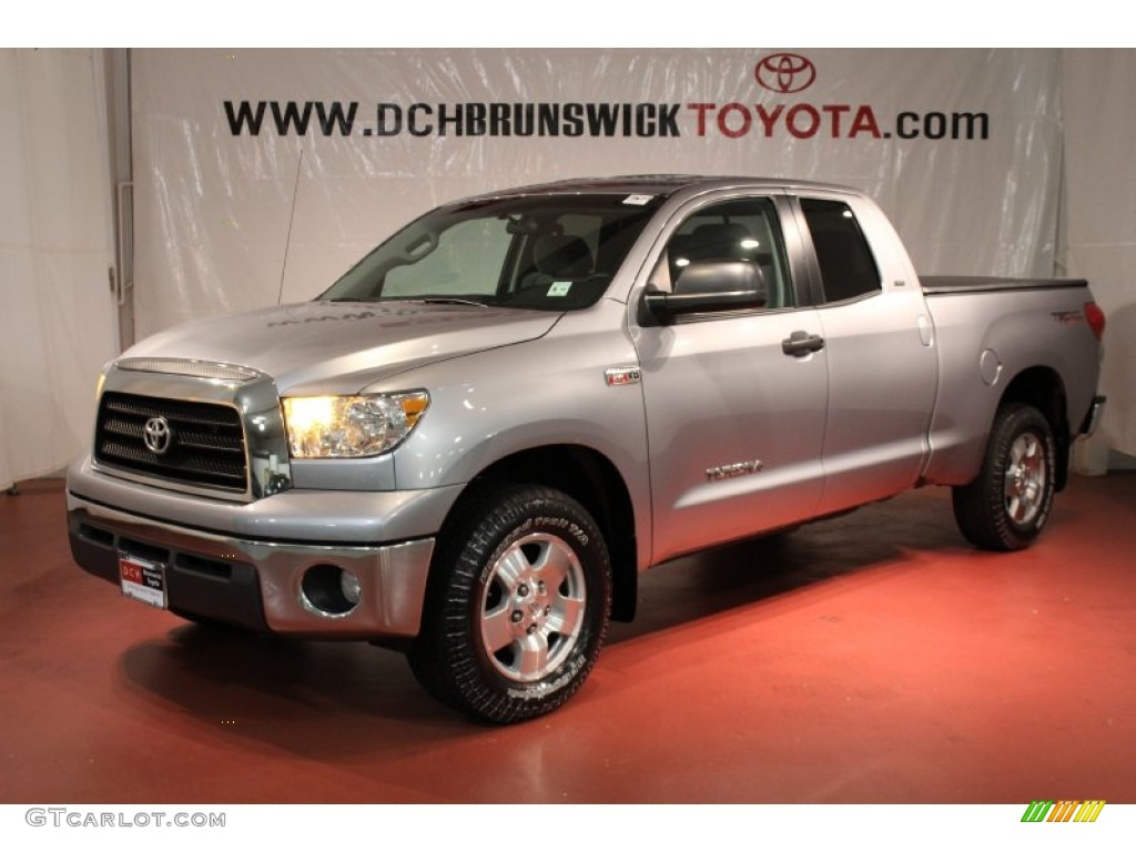 2009 silver sky metallic toyota tundra sr5 double cab 4x4. Black Bedroom Furniture Sets. Home Design Ideas