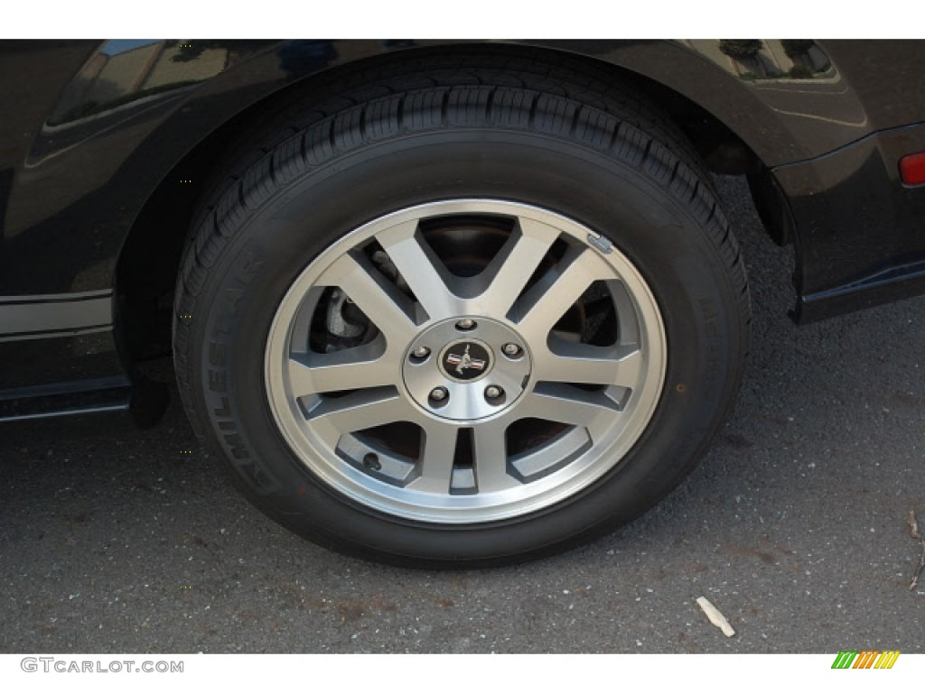 2006 Ford Mustang GT Premium Coupe Wheel Photo #57403988