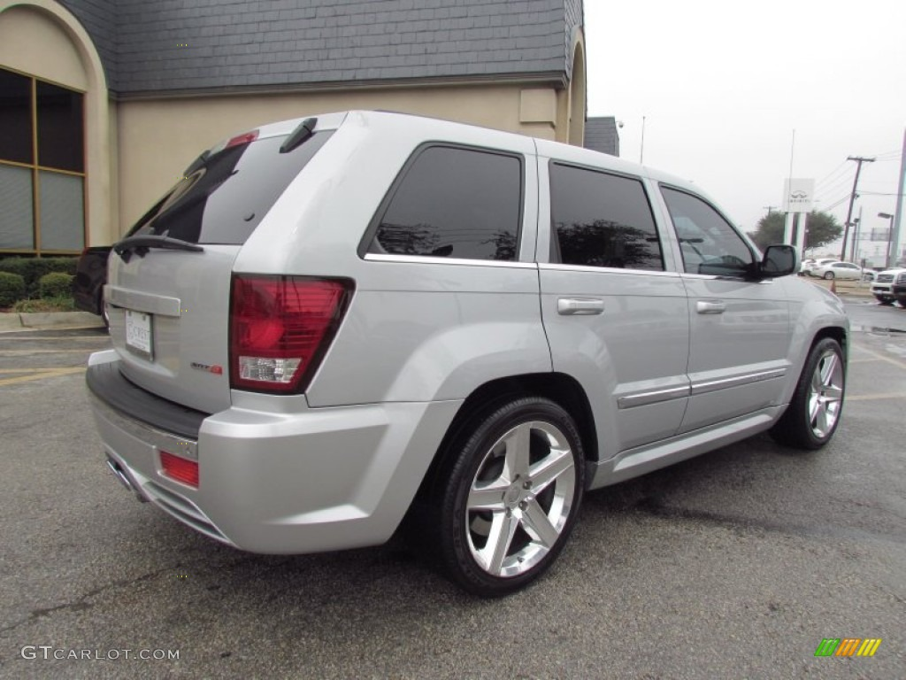 bright silver metallic 2007 jeep grand cherokee srt8 4x4 exterior. Cars Review. Best American Auto & Cars Review