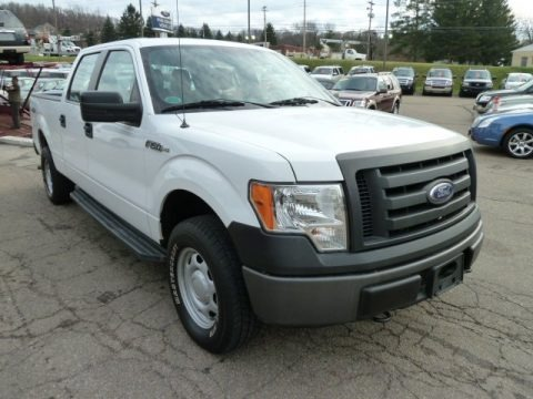 2010 ford f150 xl supercrew 4x4 data info and specs. Black Bedroom Furniture Sets. Home Design Ideas