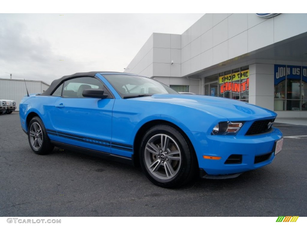 2010 ford mustang v6 premium convertible grabber blue color stone. Black Bedroom Furniture Sets. Home Design Ideas
