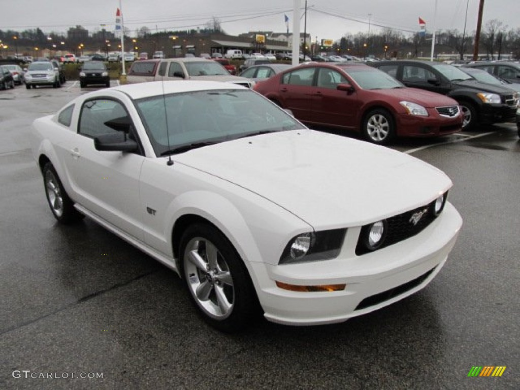 Performance White 2008 Ford Mustang Gt Premium Coupe