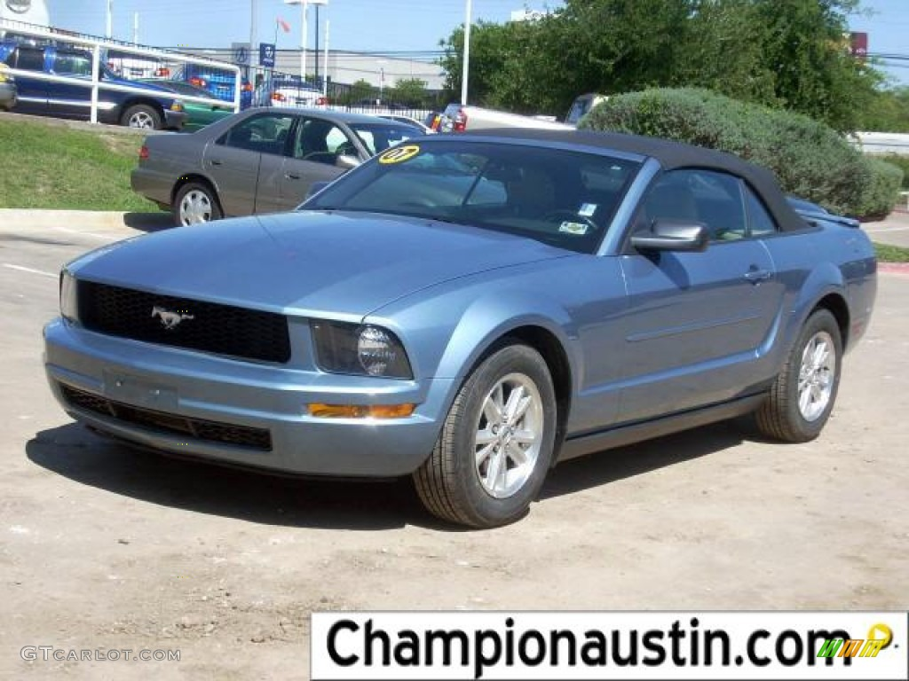 2007 Mustang V6 Deluxe Convertible - Windveil Blue Metallic / Medium Parchment photo #1