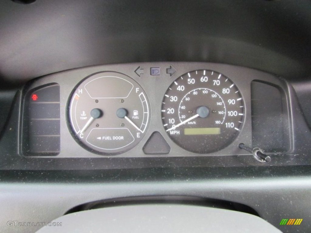 2000 Chevrolet Prizm LSi Gauges Photo #57616726   GTCarLot.com