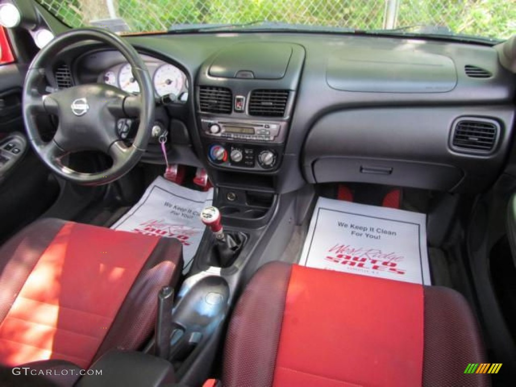 2002 Sentra SE R Spec V   Aztec Red / Lava Photo #26