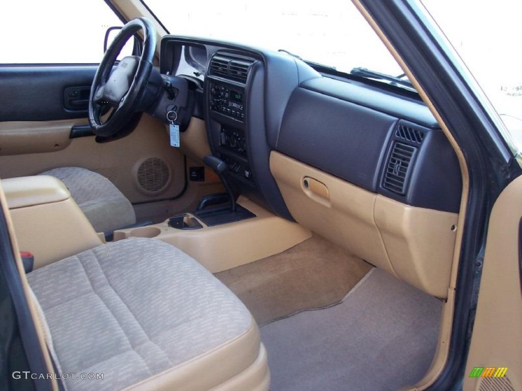 1997 jeep cherokee sport 4x4 tan dashboard photo 57704938. Black Bedroom Furniture Sets. Home Design Ideas