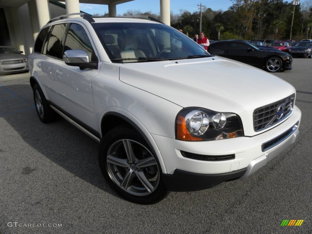2010 ice white volvo xc90 3 2 r design 57695948. Black Bedroom Furniture Sets. Home Design Ideas