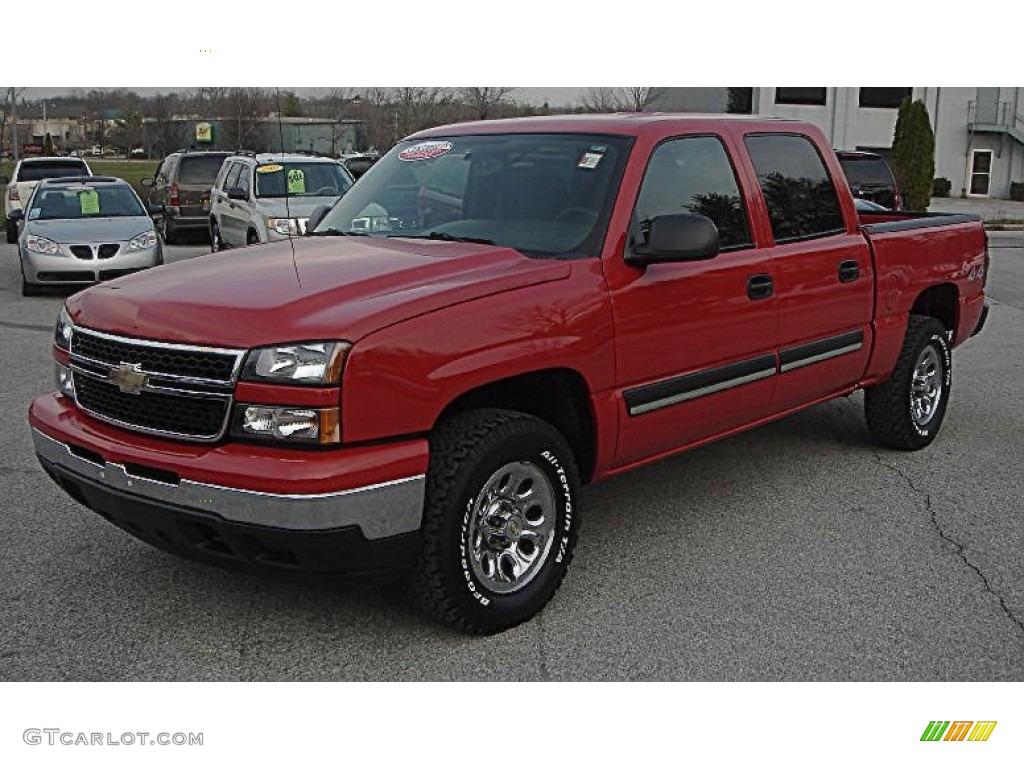 2006 Silverado 1500 LS Crew Cab 4x4 - Victory Red / Dark Charcoal photo #1