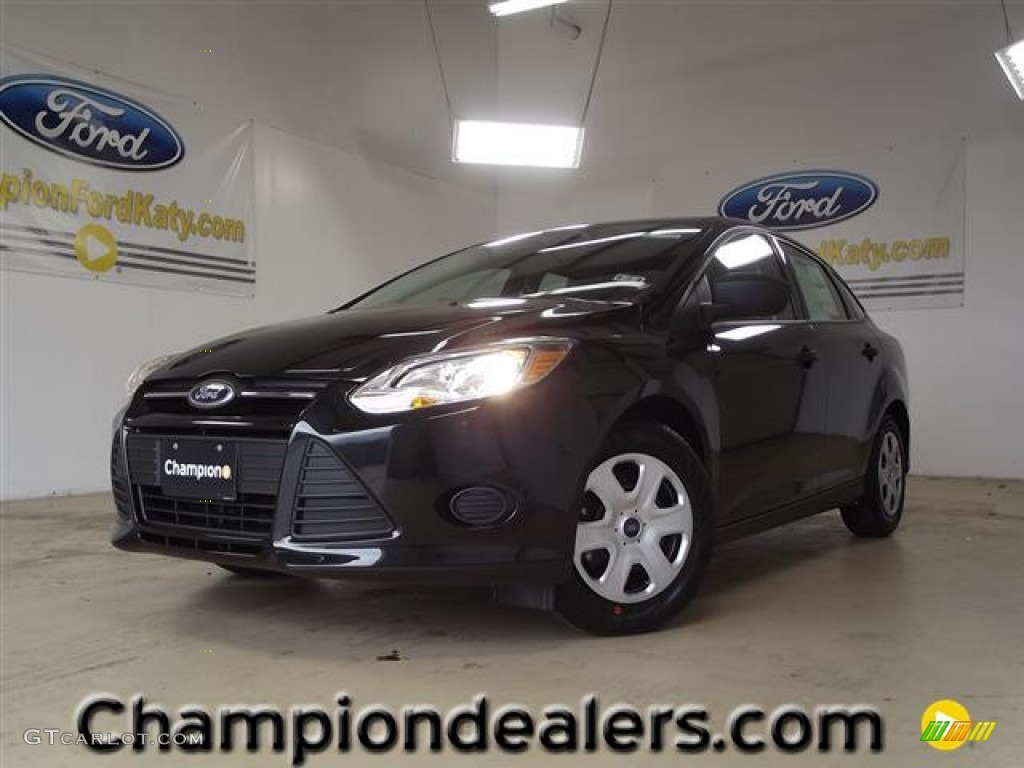 2012 Focus S Sedan - Tuxedo Black Metallic / Charcoal Black photo #1
