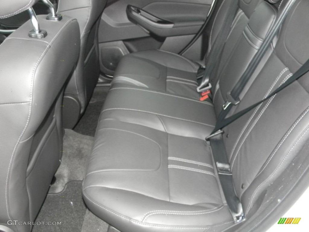2012 Focus Titanium 5-Door - White Platinum Tricoat Metallic / Charcoal Black Leather photo #8