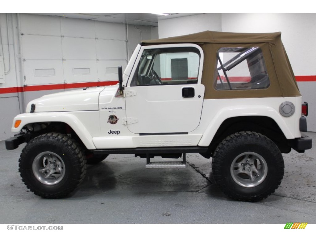 Stone White 2000 Jeep Wrangler Sahara 4x4 Exterior Photo