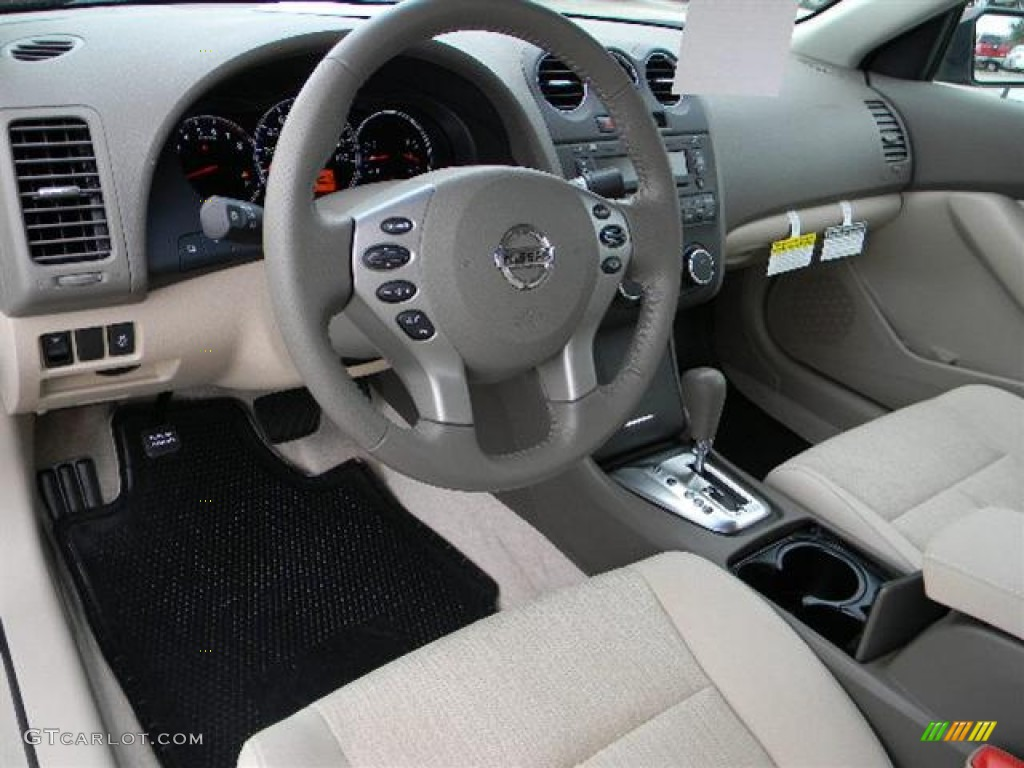 2012 nissan altima 2 5 s interior photo 57936966. Black Bedroom Furniture Sets. Home Design Ideas