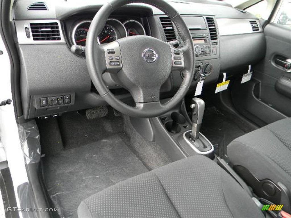 2012 nissan versa 1 8 s hatchback interior photo 57943335. Black Bedroom Furniture Sets. Home Design Ideas