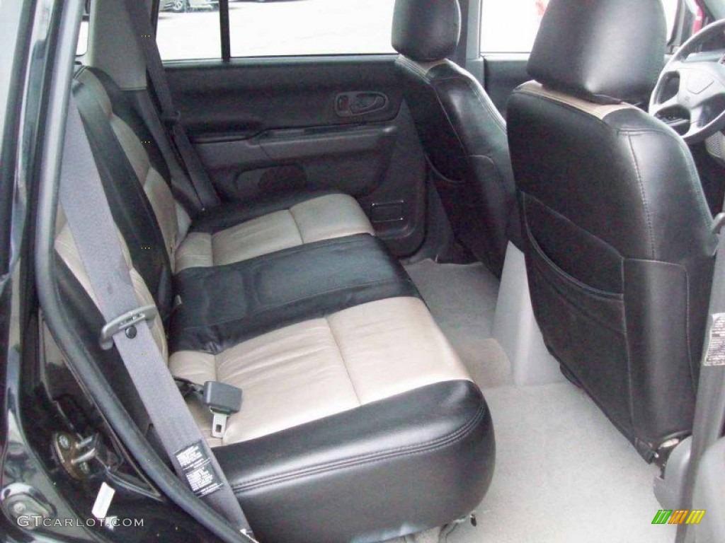 2002 Mitsubishi Montero Sport XLS 4x4 interior Photo #58025678 | GTCarLot.com