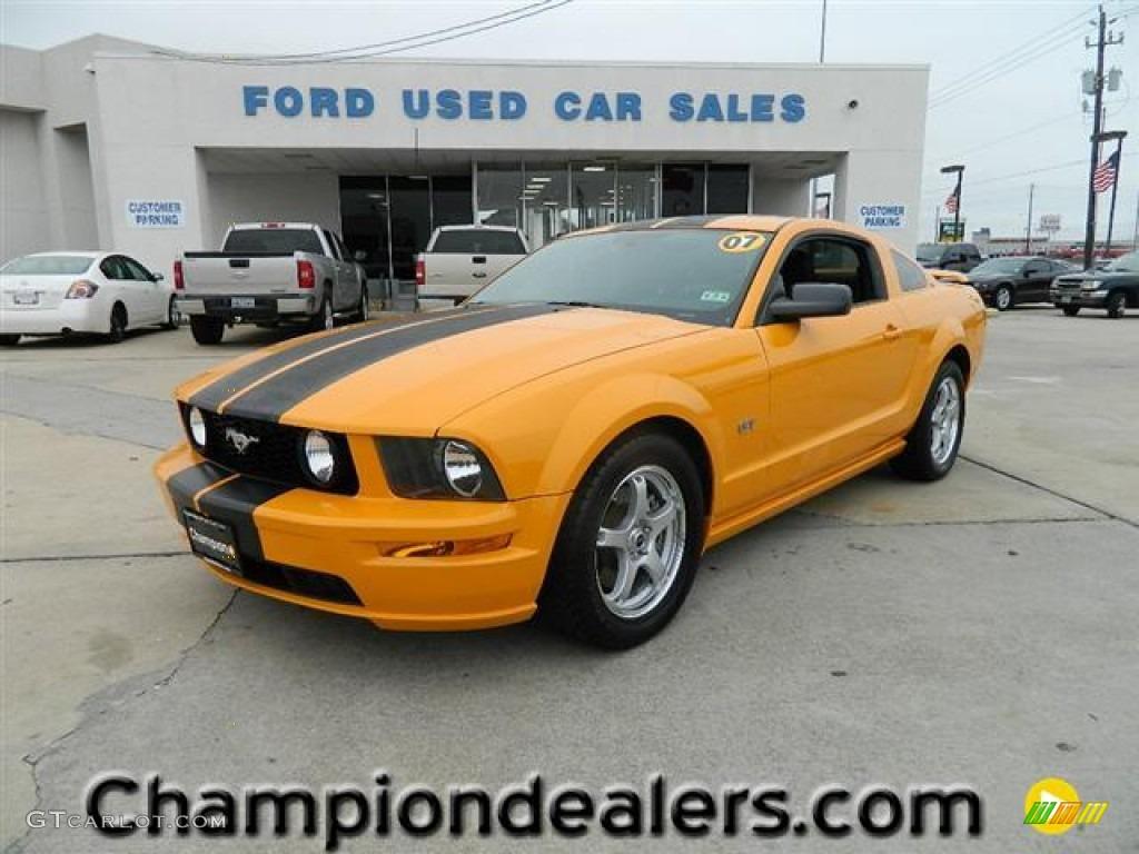 2007 Mustang GT Premium Coupe - Grabber Orange / Dark Charcoal photo #1
