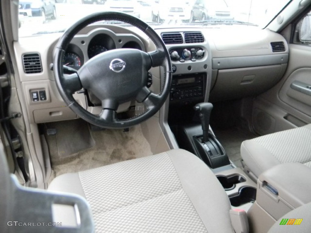Beige Interior 2002 Nissan Frontier Se Crew Cab Photo 58182431