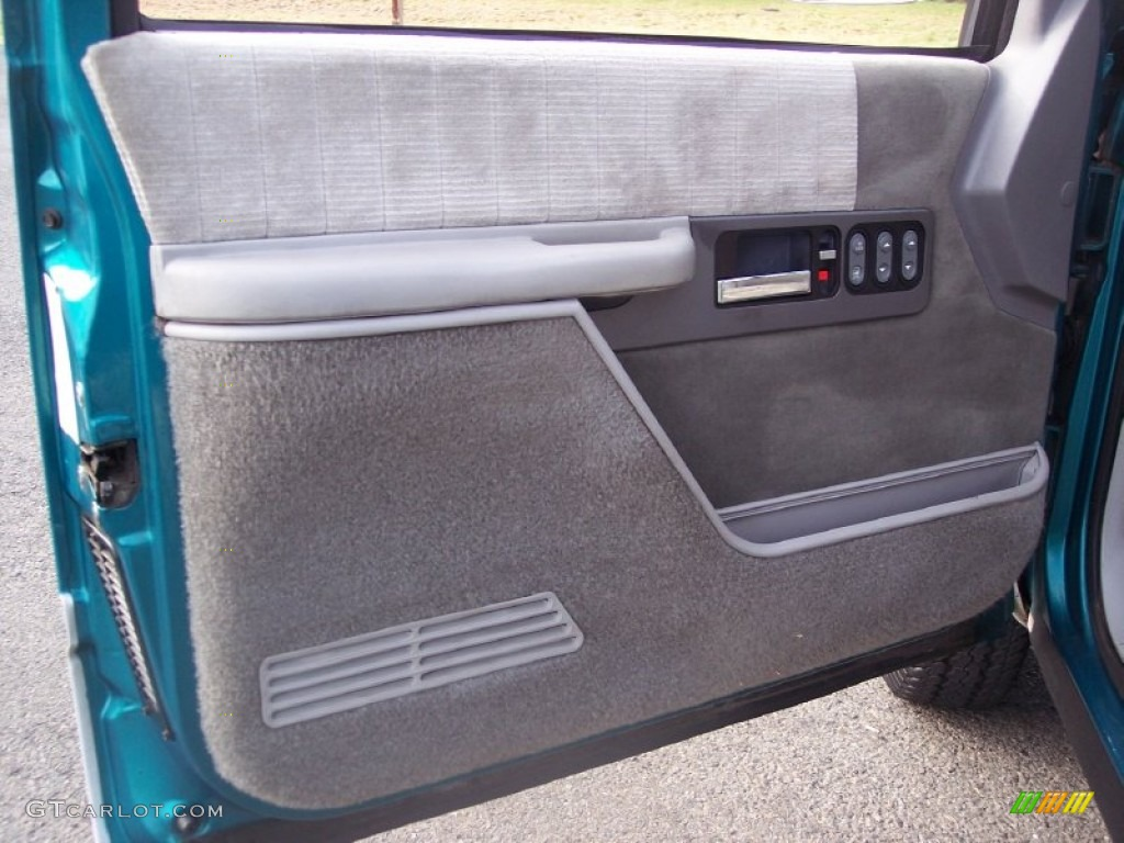1994 Chevrolet C K 3500 Extended Cab 4x4 Dually Door Panel s