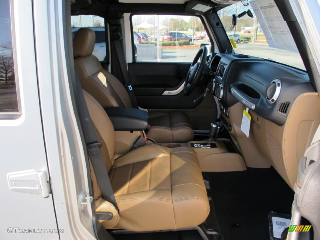 Black Dark Saddle Interior 2012 Jeep Wrangler Unlimited Sahara 4x4 Photo 58225131
