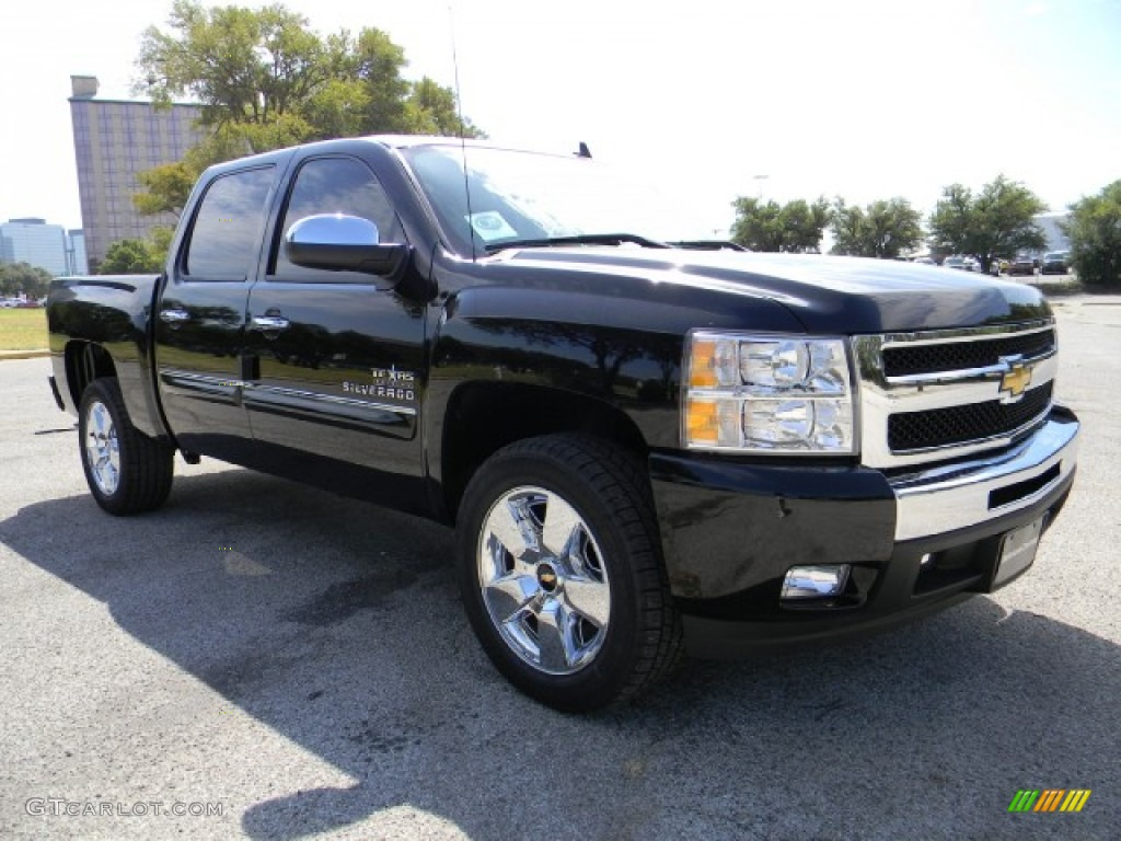 2011 Silverado 1500 LT Crew Cab - Black / Ebony photo #2