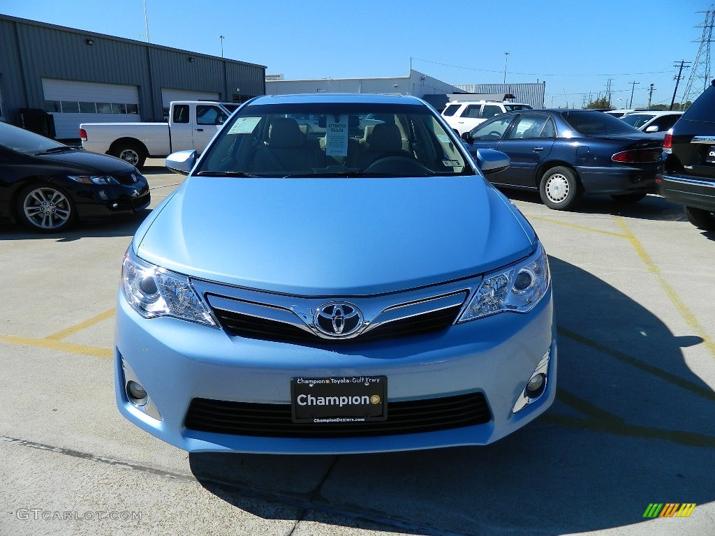 2012 clearwater blue metallic toyota camry xle v6 57874717 photo 8 car color. Black Bedroom Furniture Sets. Home Design Ideas