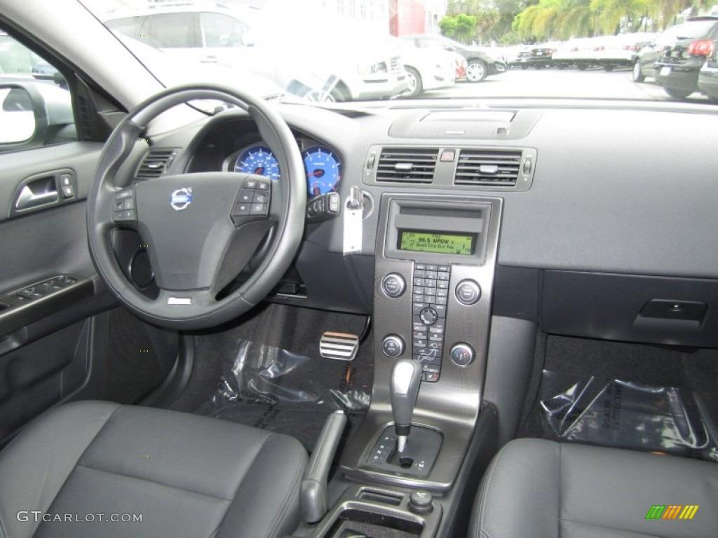 2011 Volvo V50 T5 RDesign RDesign Off Black Dashboard Photo