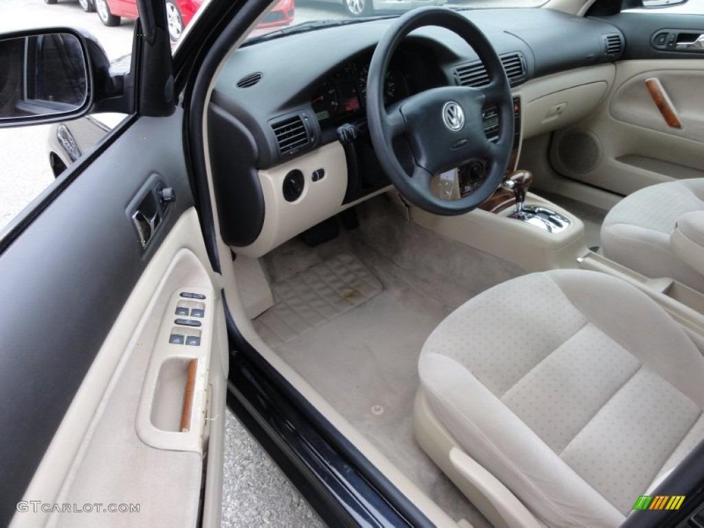 Beige interior 2001 volkswagen passat gls v6 4motion sedan photo 58357840 for Volkswagen passat 2000 interior
