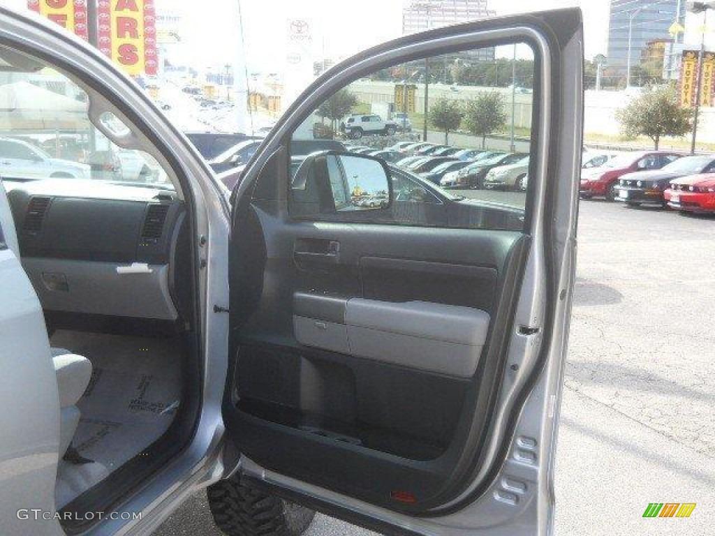 2011 Tundra Double Cab - Silver Sky Metallic / Graphite Gray photo #13