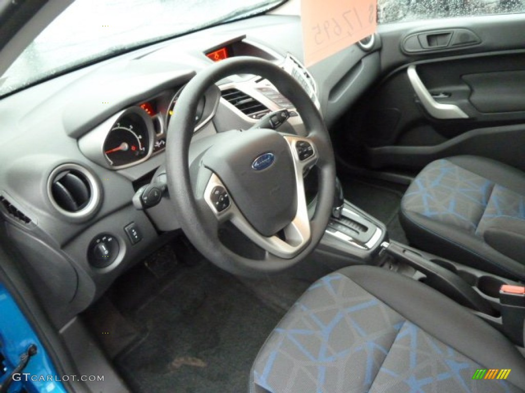 2013 ford focus cvt autos post. Black Bedroom Furniture Sets. Home Design Ideas