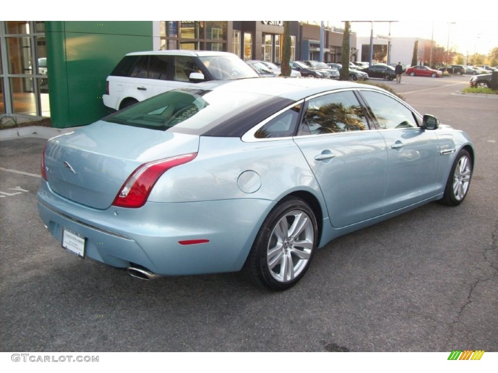 2012 XJ XJL Portfolio - Crystal Blue Metallic / Navy/Ivory photo #4