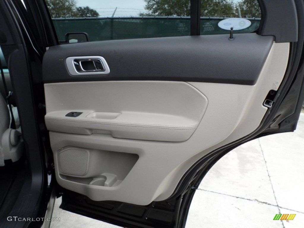 2012 ford explorer xlt door panel photos. Black Bedroom Furniture Sets. Home Design Ideas