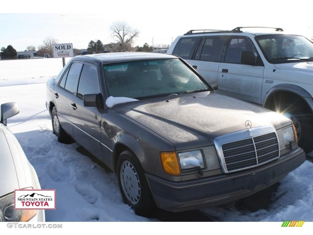 1991 impala brown metallic mercedes benz e class 300 e for Brown mercedes benz